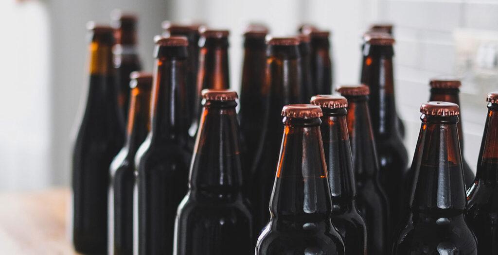خرید بطری شیشه ای یک لیتری و نیم لیتری ارزان قیمت