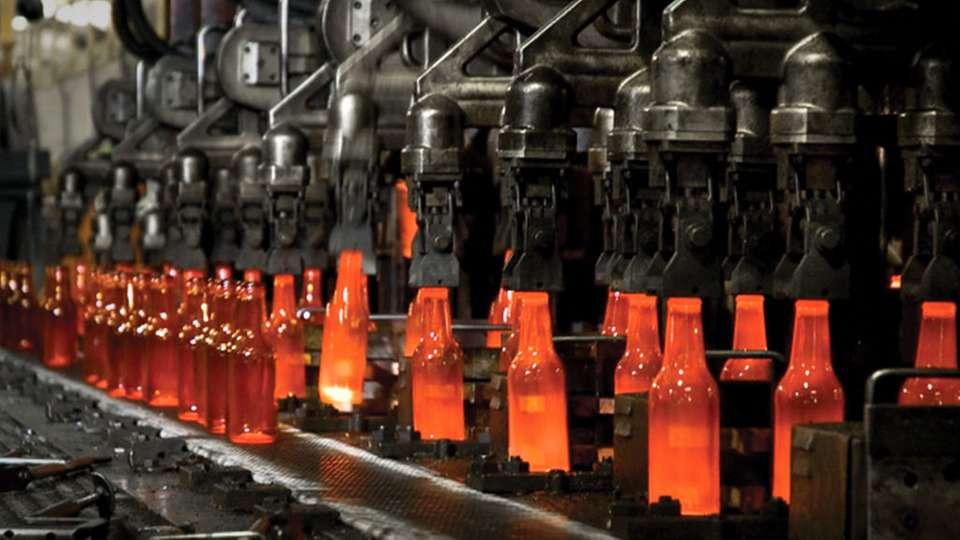 پخش کننده و تولید کننده انواع بطری شیشه ای